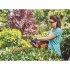 Black & Decker PowerCut 22 In. 20V Lithium Ion Cordless Hedge Trimmer Image 3